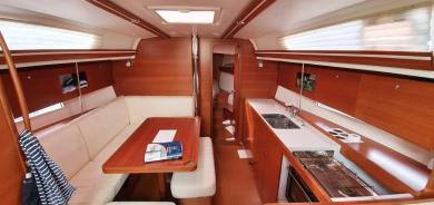 Dufour 375 Grand Large 2012